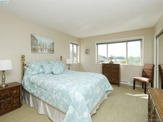 Photo 10: 20 127 Aldersmith Place in VICTORIA: VR Glentana Row/Townhouse for sale (View Royal)  : MLS®# 415501