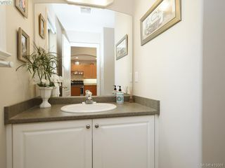 Photo 17: 20 127 Aldersmith Place in VICTORIA: VR Glentana Row/Townhouse for sale (View Royal)  : MLS®# 415501
