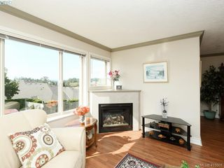 Photo 4: 20 127 Aldersmith Place in VICTORIA: VR Glentana Row/Townhouse for sale (View Royal)  : MLS®# 415501