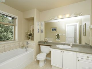 Photo 13: 20 127 Aldersmith Place in VICTORIA: VR Glentana Row/Townhouse for sale (View Royal)  : MLS®# 415501