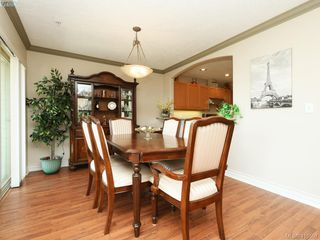 Photo 5: 20 127 Aldersmith Place in VICTORIA: VR Glentana Row/Townhouse for sale (View Royal)  : MLS®# 415501