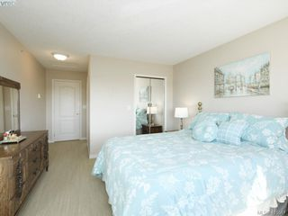 Photo 11: 20 127 Aldersmith Place in VICTORIA: VR Glentana Row/Townhouse for sale (View Royal)  : MLS®# 415501