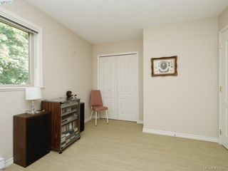 Photo 16: 20 127 Aldersmith Place in VICTORIA: VR Glentana Row/Townhouse for sale (View Royal)  : MLS®# 415501