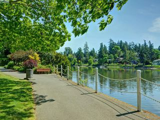 Photo 25: 20 127 Aldersmith Place in VICTORIA: VR Glentana Row/Townhouse for sale (View Royal)  : MLS®# 415501