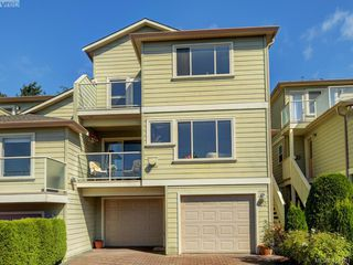 Photo 1: 20 127 Aldersmith Place in VICTORIA: VR Glentana Row/Townhouse for sale (View Royal)  : MLS®# 415501