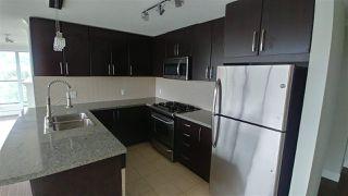 Photo 4: 1606 660 NOOTKA Way in Port Moody: Port Moody Centre Condo for sale : MLS®# R2404601