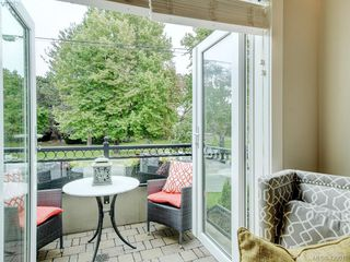 Photo 5: 14 675 Superior Street in VICTORIA: Vi James Bay Row/Townhouse for sale (Victoria)  : MLS®# 420018