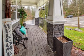 "Photo 3: 24602 103 Avenue in Maple Ridge: Albion House for sale in ""THORNHILL HEIGHTS"" : MLS®# R2435547"