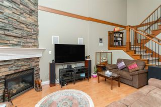 Photo 8: 1021 STEWART Avenue in Coquitlam: Maillardville House 1/2 Duplex for sale : MLS®# R2445154