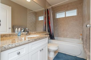 Photo 15: 1021 STEWART Avenue in Coquitlam: Maillardville House 1/2 Duplex for sale : MLS®# R2445154