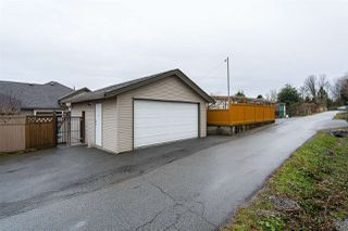 Photo 17: 1021 STEWART Avenue in Coquitlam: Maillardville House 1/2 Duplex for sale : MLS®# R2445154
