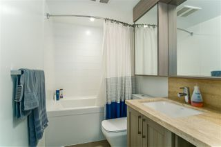 """Photo 10: 1011 5665 BOUNDARY Road in Vancouver: Collingwood VE Condo for sale in """"WALL CENTRE CENTRAL PARK"""" (Vancouver East)  : MLS®# R2458768"""