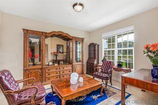 Photo 5: FALLBROOK House for sale : 3 bedrooms : 147 Kaden Ct
