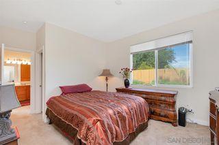 Photo 14: FALLBROOK House for sale : 3 bedrooms : 147 Kaden Ct