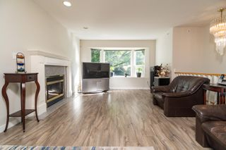 Photo 5: 1133 E 15TH Avenue in Vancouver: Mount Pleasant VE 1/2 Duplex for sale (Vancouver East)  : MLS®# R2493322