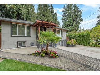 Photo 2: 2048 MACKAY AVENUE in North Vancouver: Pemberton Heights House for sale : MLS®# R2491106