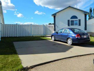 Photo 1: 3131 Lakewood Crescent in Edmonton: Zone 59 Mobile for sale : MLS®# E4214101