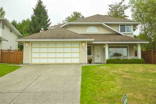 Photo 1: 6443 133A Street in Surrey: West Newton House for sale : MLS®# R2499136