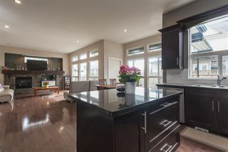 "Photo 5: 14546 59A Avenue in Surrey: Sullivan Station House for sale in ""Sullivan Station"" : MLS®# R2505137"