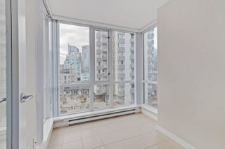 "Photo 10: 810 1082 SEYMOUR Street in Vancouver: Downtown VW Condo for sale in ""FREESIA"" (Vancouver West)  : MLS®# R2512604"
