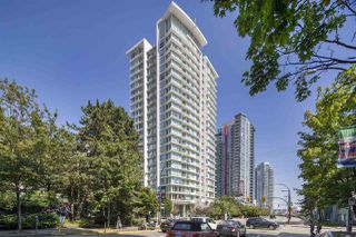 """Photo 13: 1806 161 W GEORGIA Street in Vancouver: Downtown VW Condo for sale in """"COSMO"""" (Vancouver West)  : MLS®# R2516379"""
