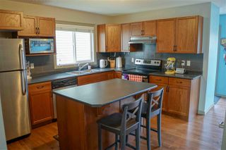 Photo 12: 8214 180 Avenue in Edmonton: Zone 28 House Half Duplex for sale : MLS®# E4220714