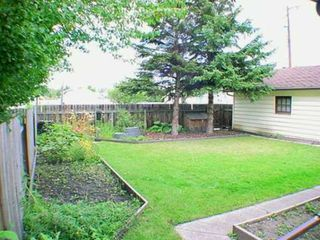 Photo 3:  in CALGARY: Glamorgan Residential Detached Single Family for sale (Calgary)  : MLS®# C3140580