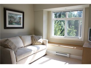 """Photo 7: 9 7428 SOUTHWYNDE Avenue in Burnaby: South Slope Townhouse for sale in """"LEDGESTONE 2"""" (Burnaby South)  : MLS®# V922953"""