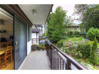 Photo 2: 205 425 ASH Street in New Westminster: Uptown NW Condo for sale : MLS®# V962983