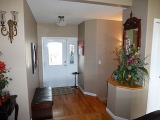 Photo 2: 976 Raven Drive in Kamloops,: Bachelor Heights House for sale (Kamloops)