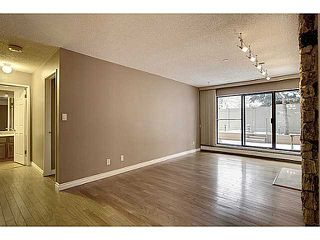 Photo 9: 116 3730 50 Street NW in CALGARY: Varsity Village Condo for sale (Calgary)  : MLS®# C3595769