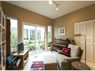 Photo 11: 12641 OCEAN CLIFF Drive in Surrey: Crescent Bch Ocean Pk. House for sale (South Surrey White Rock)  : MLS®# F1411240
