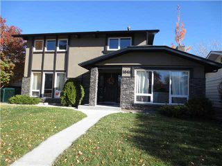 Main Photo: 1048 LAKE TWINTREE Drive SE in Calgary: Lake Bonavista Residential Detached Single Family for sale : MLS®# C3641174