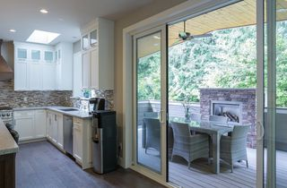 Photo 7: 2225 TOLMIE Ave in Coquitlam: Central Coquitlam Home for sale ()  : MLS®# V1063046