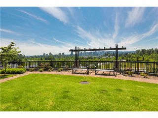 Photo 14: 511 3050 DAYANEE SPRINGS BL Boulevard in Coquitlam: Westwood Plateau Condo for sale : MLS®# V1124098