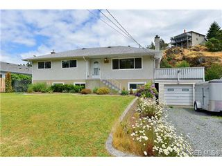 Photo 2: 2347 Bellamy Road in VICTORIA: La Thetis Heights Single Family Detached for sale (Langford)  : MLS®# 352326