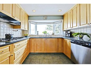 Photo 9: 2612 LAUREL Crescent SW in Calgary: Lakeview House for sale : MLS®# C4050066