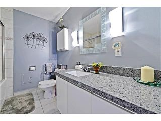 Photo 17: 2612 LAUREL Crescent SW in Calgary: Lakeview House for sale : MLS®# C4050066