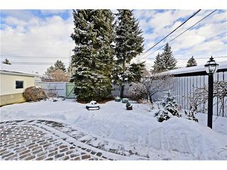 Photo 32: 2612 LAUREL Crescent SW in Calgary: Lakeview House for sale : MLS®# C4050066
