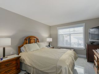 """Photo 11: 20 8555 209 Street in Langley: Walnut Grove Townhouse for sale in """"AUTUMN WOOD"""" : MLS®# R2038224"""