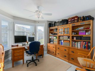 """Photo 13: 20 8555 209 Street in Langley: Walnut Grove Townhouse for sale in """"AUTUMN WOOD"""" : MLS®# R2038224"""