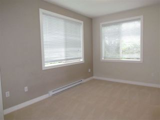 "Photo 5: 309 33898 PINE Street in Abbotsford: Central Abbotsford Condo for sale in ""Gallantree"" : MLS®# R2054144"