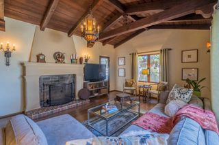 Photo 4: HILLCREST House for sale : 3 bedrooms : 1290 Upas St in San Diego