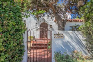 Photo 2: HILLCREST House for sale : 3 bedrooms : 1290 Upas St in San Diego