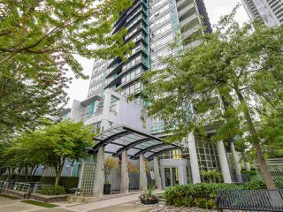 "Photo 15: 701 1483 HOMER Street in Vancouver: Yaletown Condo for sale in ""The WATERFORD"" (Vancouver West)  : MLS®# R2118154"