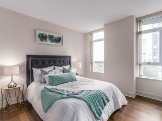 "Photo 9: 701 1483 HOMER Street in Vancouver: Yaletown Condo for sale in ""The WATERFORD"" (Vancouver West)  : MLS®# R2118154"