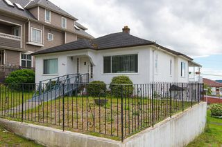 Photo 2: 3810 PENDER Street in Burnaby: Willingdon Heights House for sale (Burnaby North)  : MLS®# R2132202