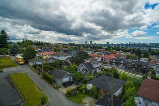 Photo 15: 3810 PENDER Street in Burnaby: Willingdon Heights House for sale (Burnaby North)  : MLS®# R2132202