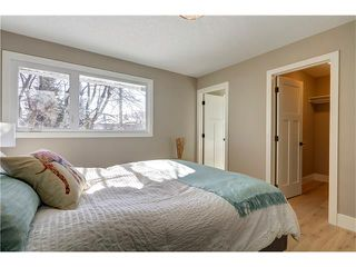 Photo 22: 179 WINDERMERE Road SW in Calgary: Wildwood House for sale : MLS®# C4103216