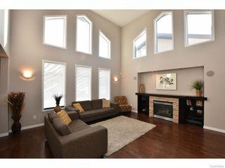 Photo 2: 4313 GUSWAY Street in Regina: Single Family Dwelling for sale (Regina Area 01)  : MLS®# 600709